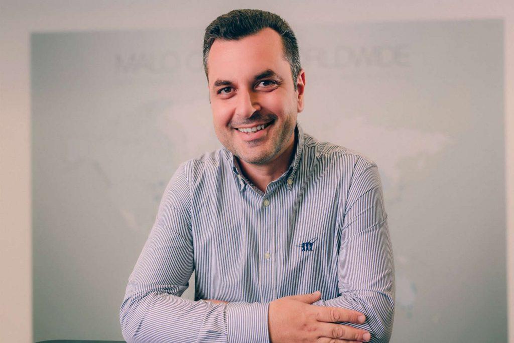 Εμφυτευματολόγος Οδοντίατρος Νικόλαος Ράπτης