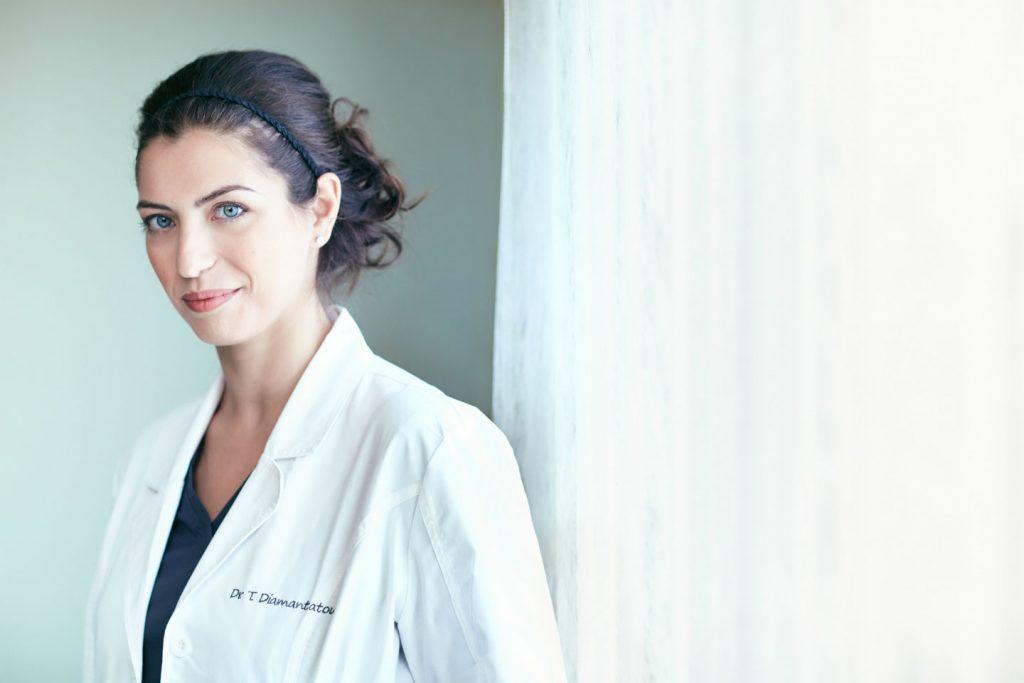 Προσθετολόγος Οδοντίατρος Θεοδώρα Διαμαντάτου
